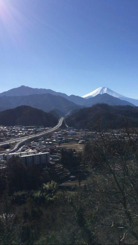 地元・都留市からの富士山